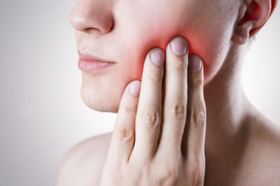person with tooth ache-img-blog